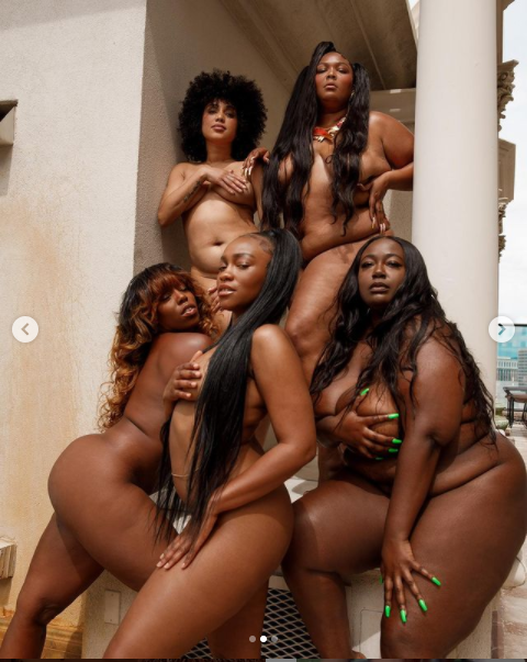 Lizzo poses completely nude with her besties in new photos